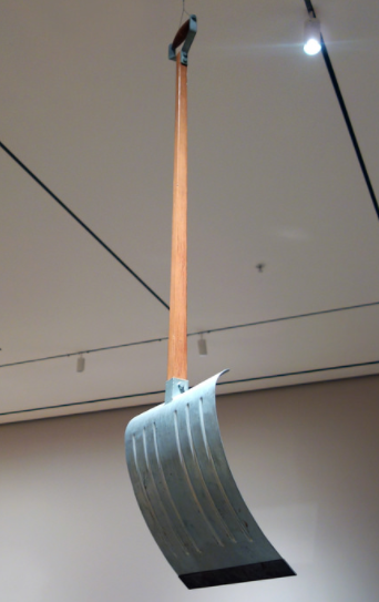 In Advance of the Broken Arm,  de Marcel Duchamp, da coleção do MoMA (4a versão/1964)