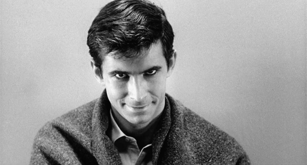 Norman Bates, um dos grandes personagens do cinema de Hitchcock ( Psicose , 1960)