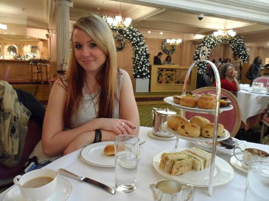 the-tea-room-harrods.jpg