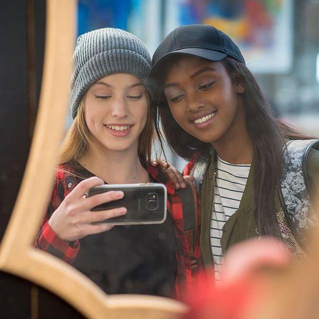 #onlocation #selfie #mirror #youth #kalgav #catalog