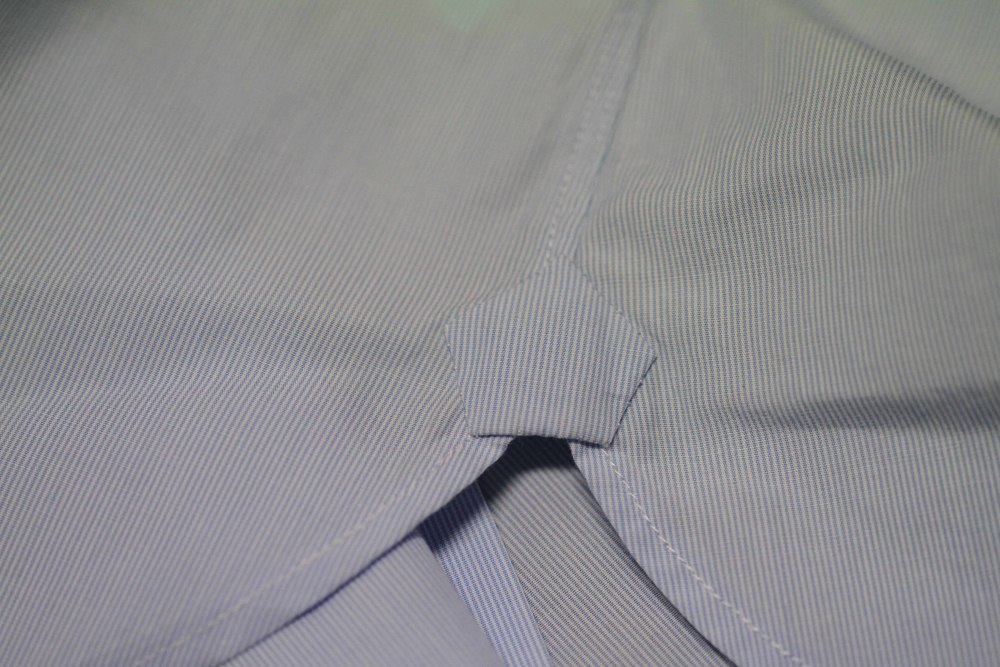 Our Gusset & Bottom Shirt Opening - Provides added reinforcement & Helps the Shirt sit better on your body