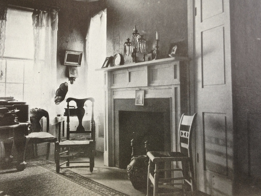 11 Historic Family Room Photo.jpg