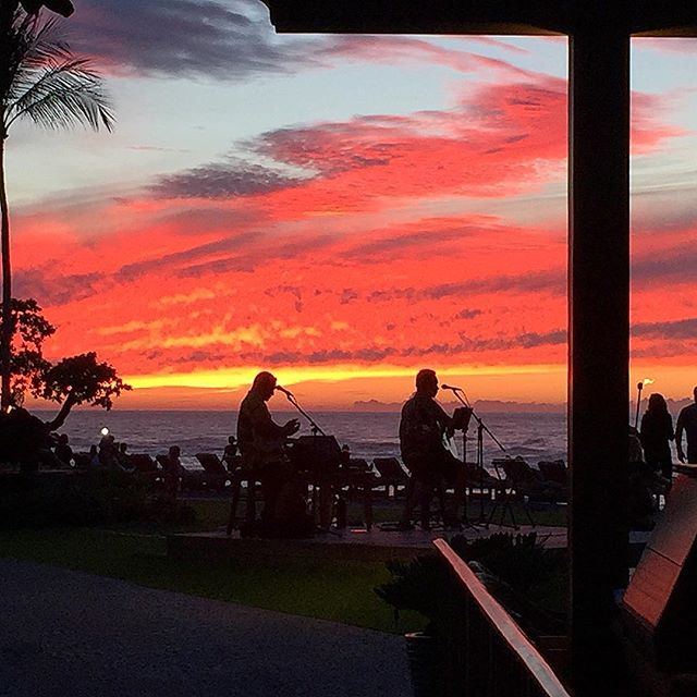 """end of the work day......okay, it's not """"heavy lifting"""" #kona #hawaii #interiordesign #architecture"""