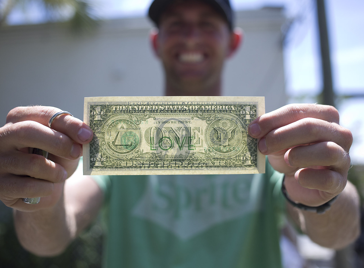Dollar for a smile… 'One Love' bill