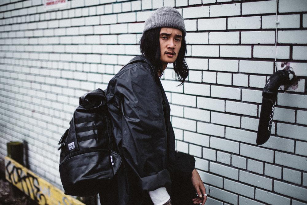 Bag:    Kyojin