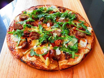 veggie-flatbread-pizza.jpg