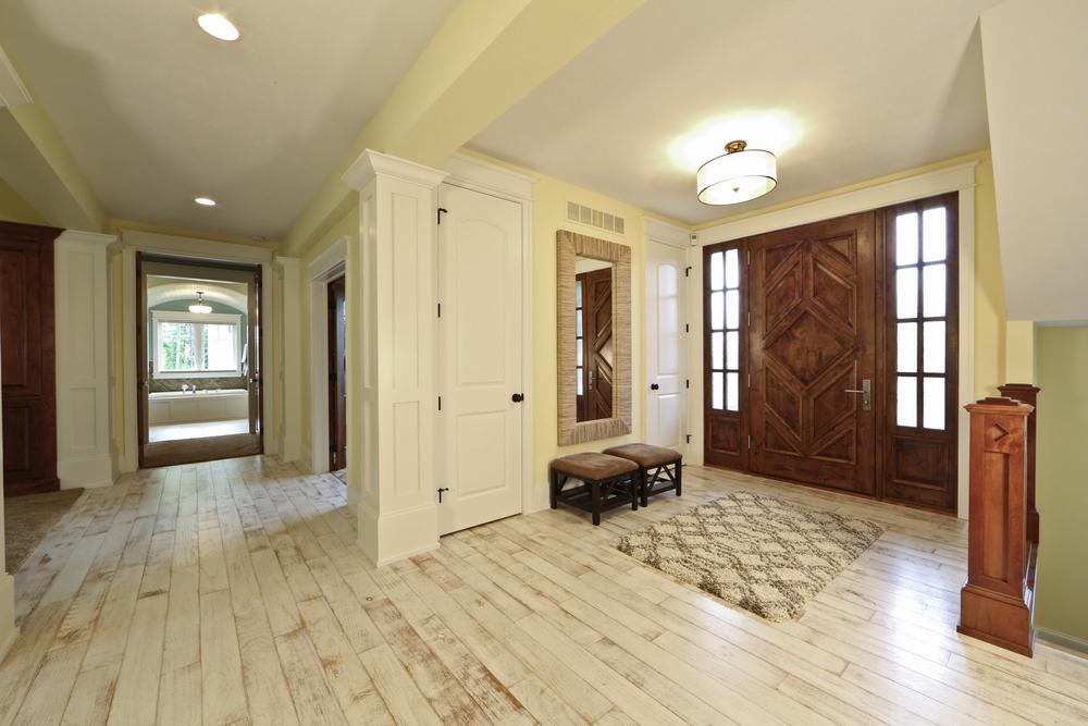 foyer_C93A0334-1.jpg
