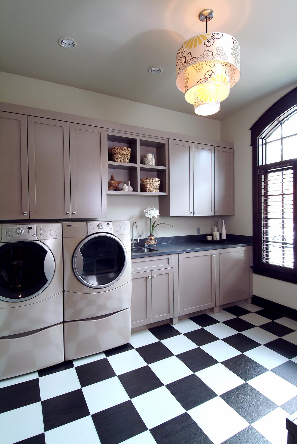 laundry room - 190.jpg