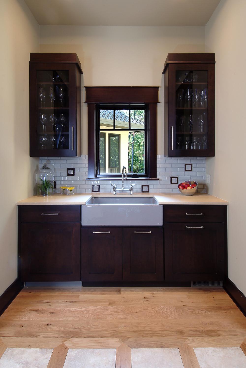 Butler's pantry - 15.jpg