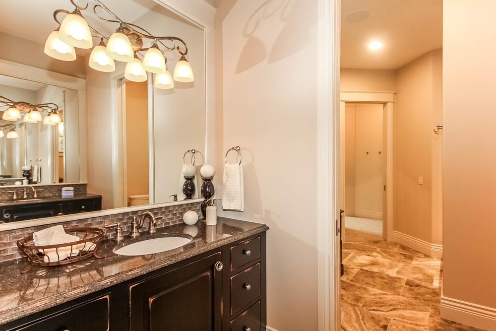 master-bathroom-p470247.jpg