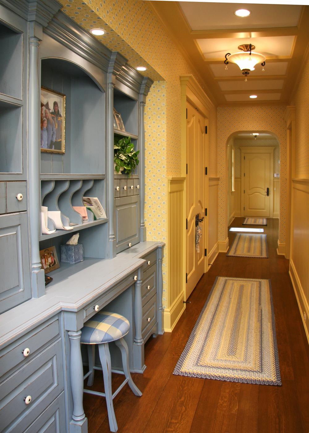 Hallway - 0334.jpg