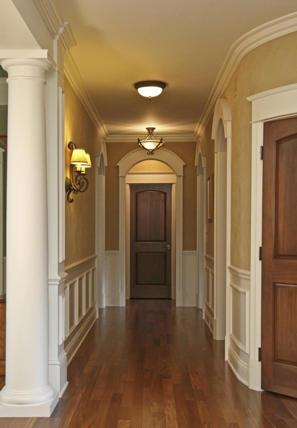 Hallway_IMG_0118.jpg