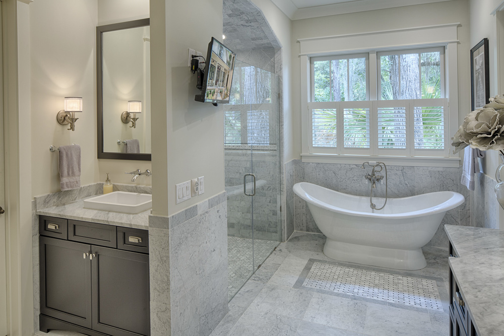 Eleanor Master Bathroom