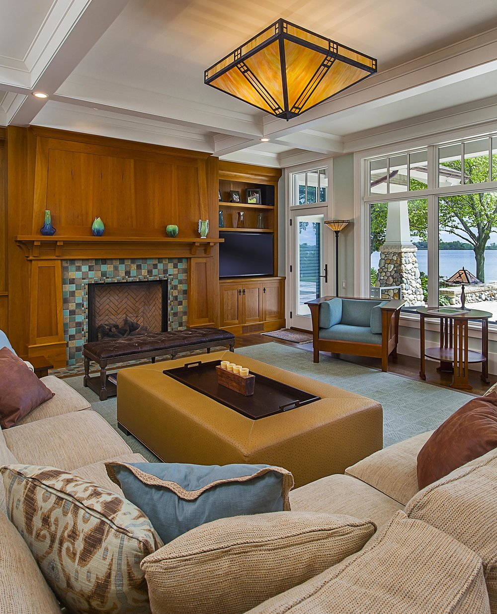 Living Room_8349 Crop.jpg