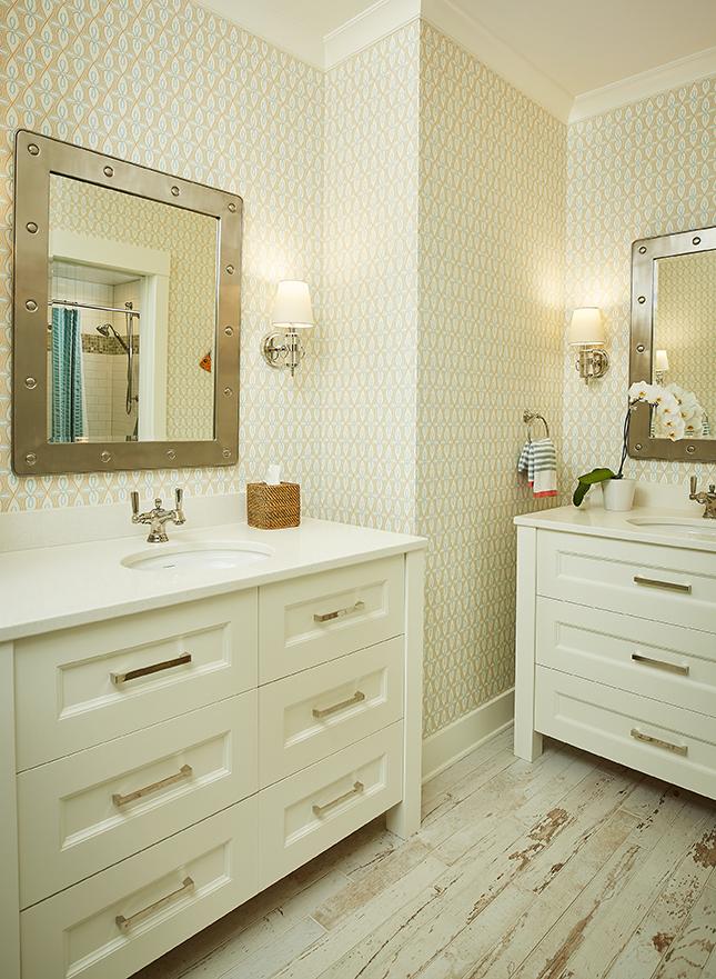 Bathroom LL 075.jpg