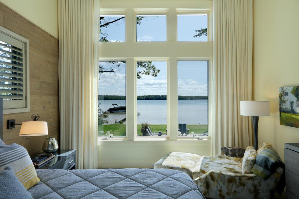 Master Bedroom 0000471.jpg
