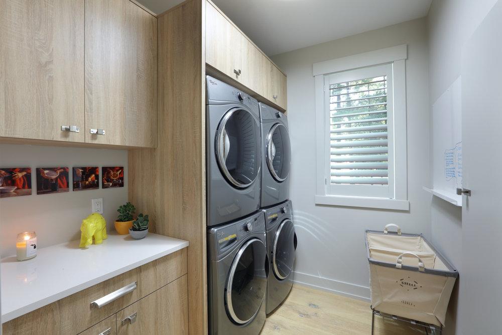 Laundry 0000289.jpg