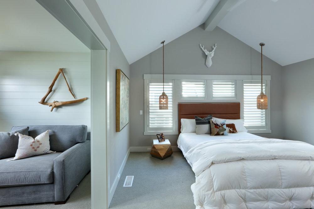 Bedroom 0000101.jpg