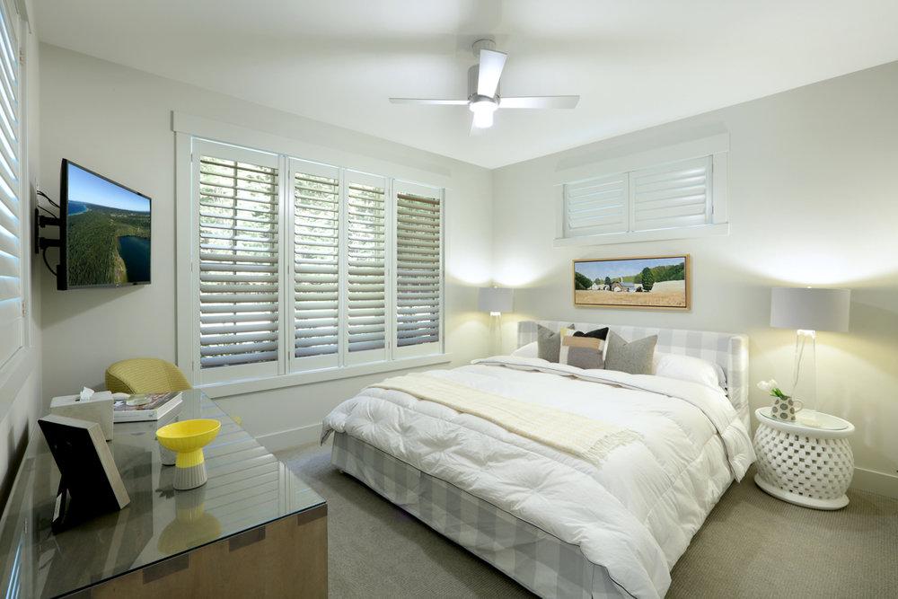 Bedroom 0000261.jpg