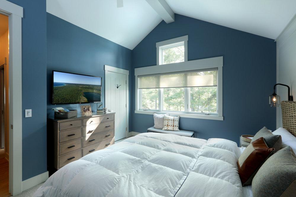 Bedroom 0000161.jpg