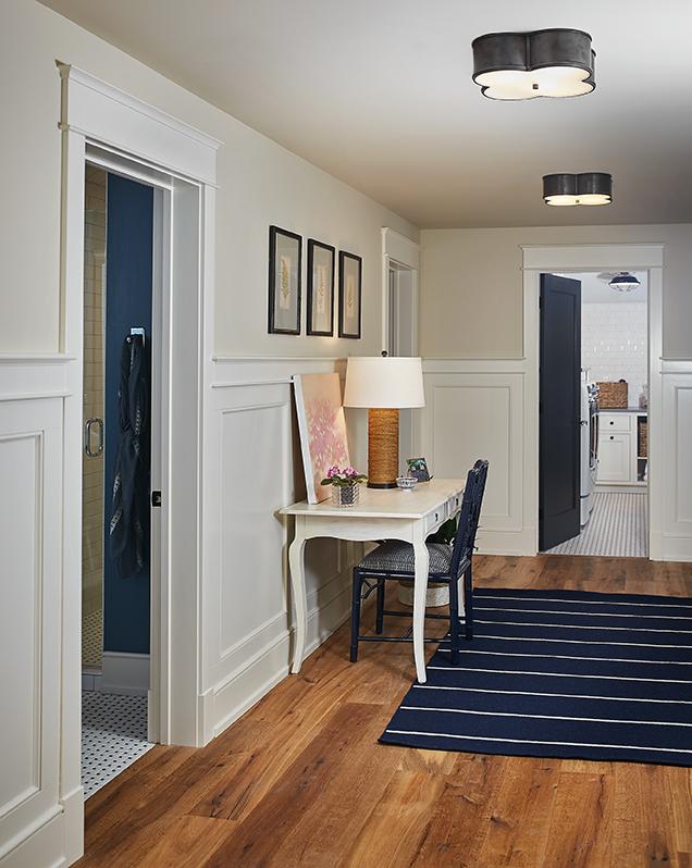 Upstairs Hallway_079.jpg