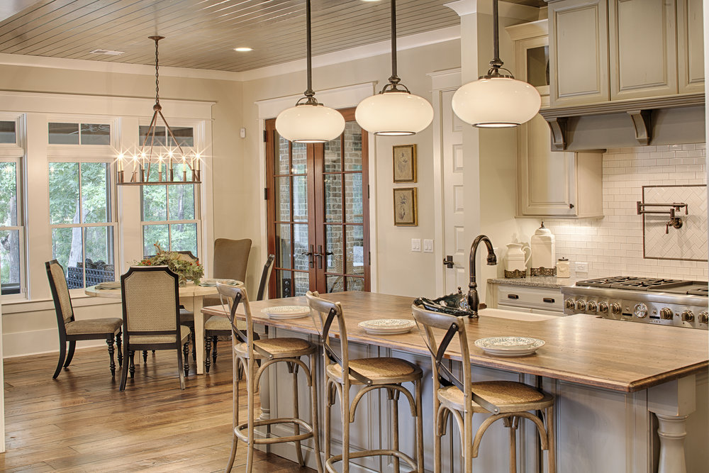 Georgetown Kitchen and Breakfast Nook