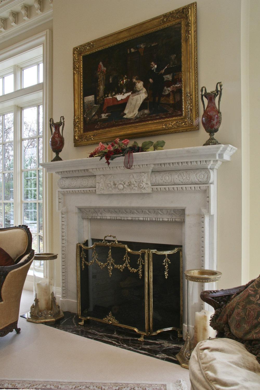 Living Room IMG_0148.jpg