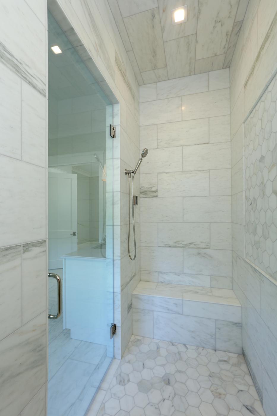 Master Bathroom 040.jpg