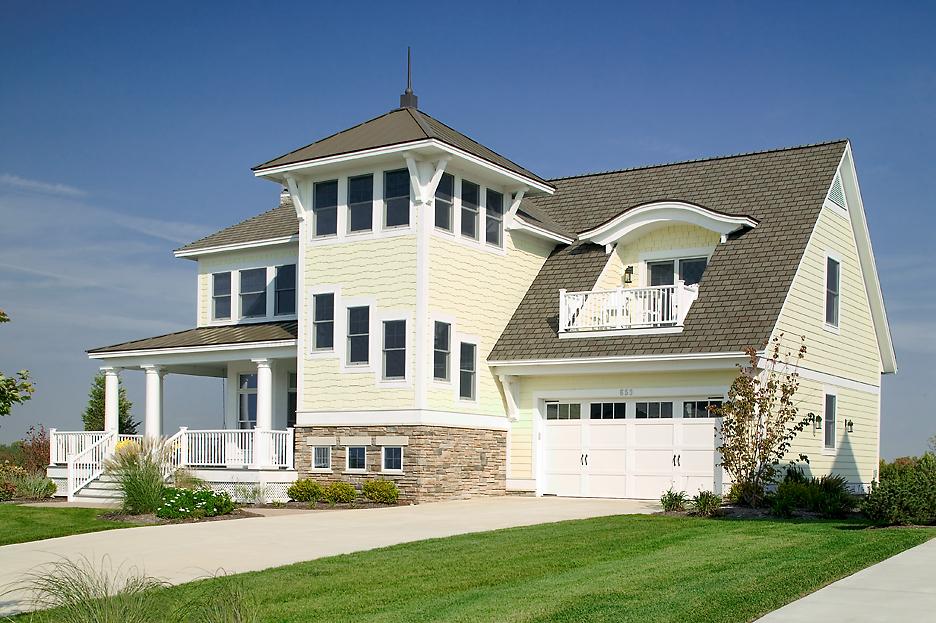 Arcadia Waterfront Cottage Front Garage.jpg
