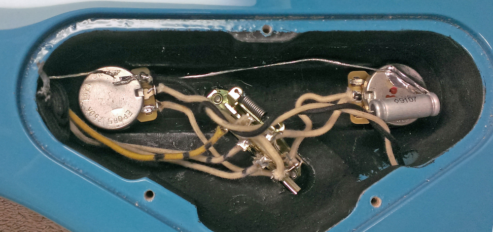 THREE pickup wires? What could it be...