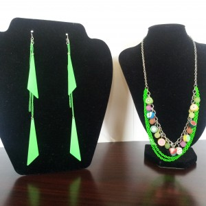 Go Green Jewelry Set
