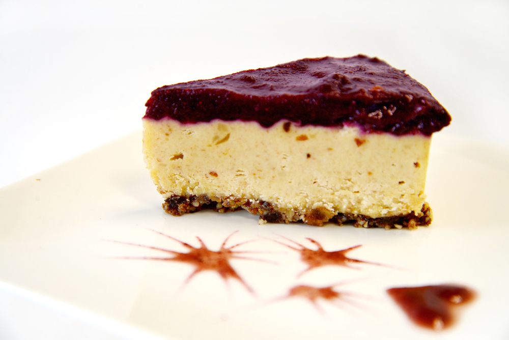 Lemon Blueberry Coulis Please Cake Class Lemon Blueberry Coulis Cake with a cheesecake texture made with young coconut meat, lemon juice, macadamia nuts, blueberries, and dates. One of our best sellers at the cafe. Tools: spring form pan, blender, dehydrator Buy now on Sellfy!