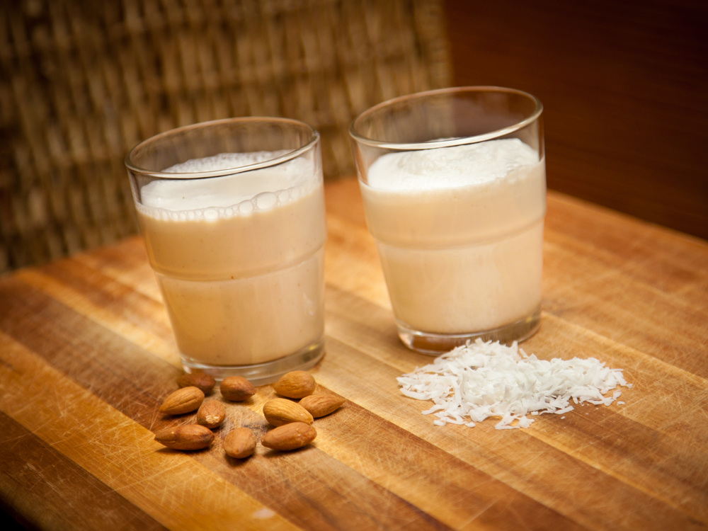 Almond Sesame Milk Class Almond milk made with sprouted almonds and sesame seeds. Great on its own or in smoothies, cereal. Tools: blender, nut milk bag