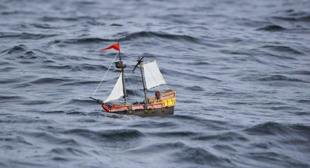 Toy-Pirate-Ship-Sails-From-Scotland-to-Norway.jpg