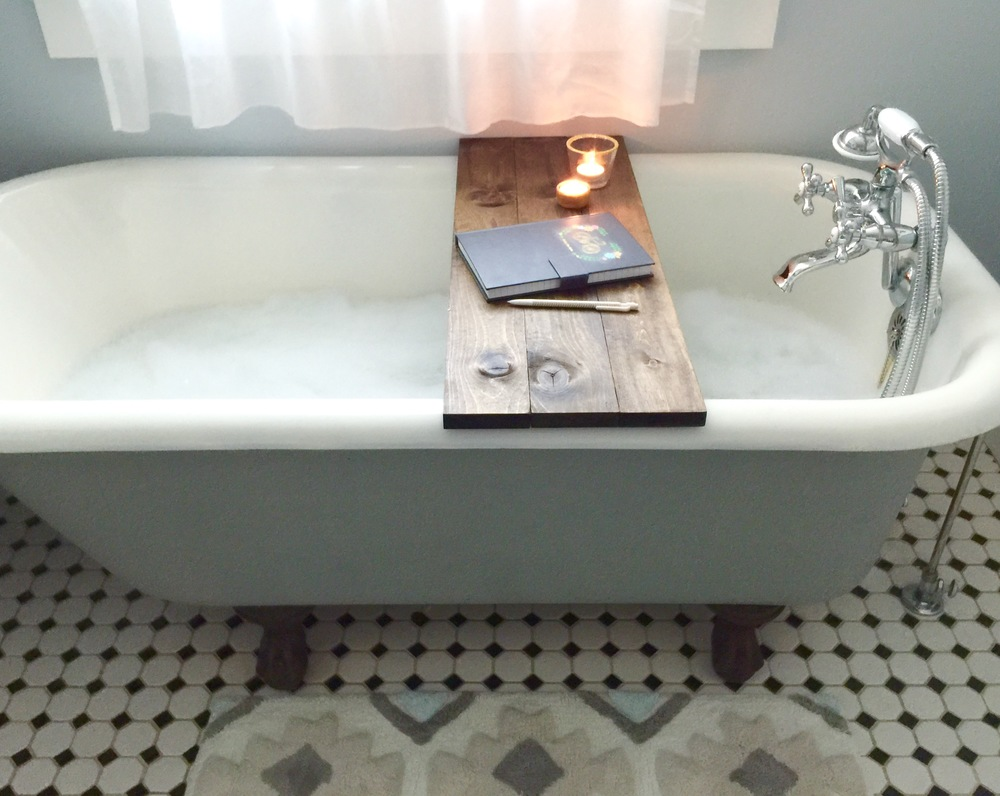 Save over $100 with this DIY Wooden Bathtub Caddy Tutorial — TFD Style