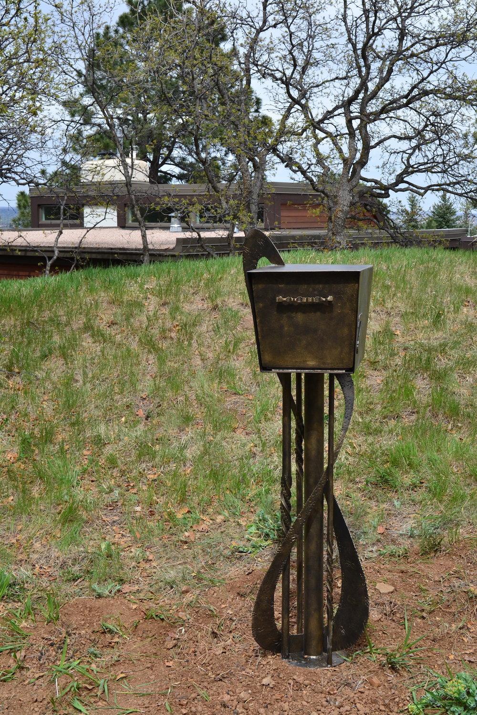 Mailbox5WEB.jpeg