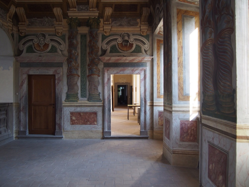 Hall in the seminary with trompe l'oeil marble