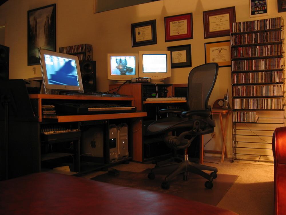 Lee's Studio c. 2002-2004