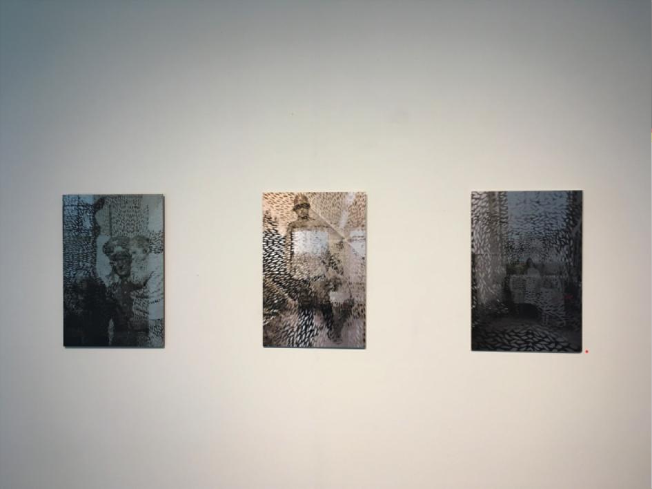 """""""Då och nu"""" Foto från Cut-out installation i min ateljé i Leipzig. (direkttryck på aluminium.)"""