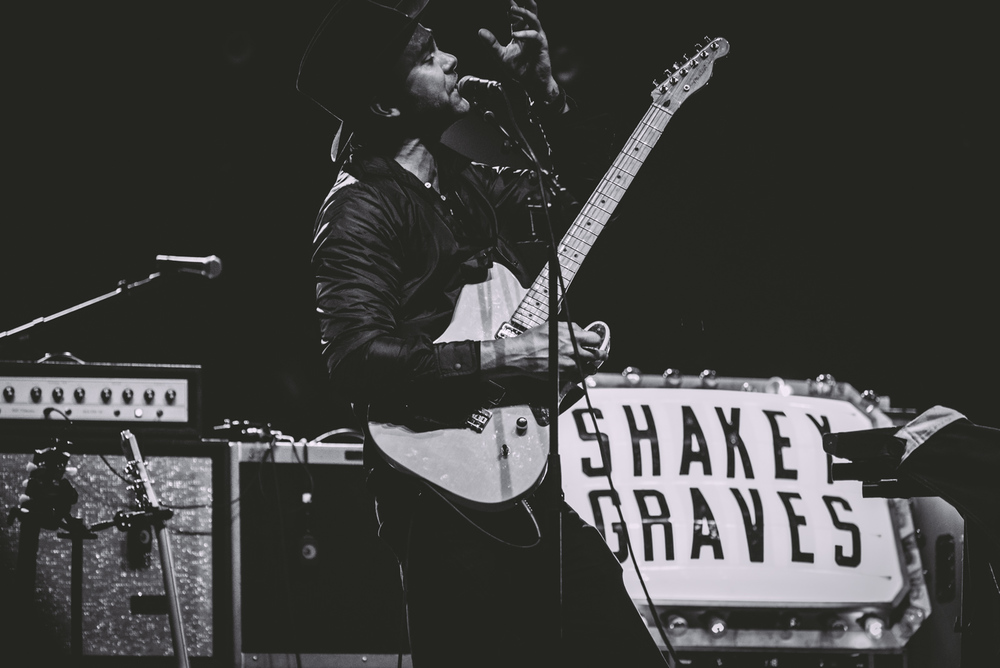 citycolour_shakeygraves_thewalleye7.jpg