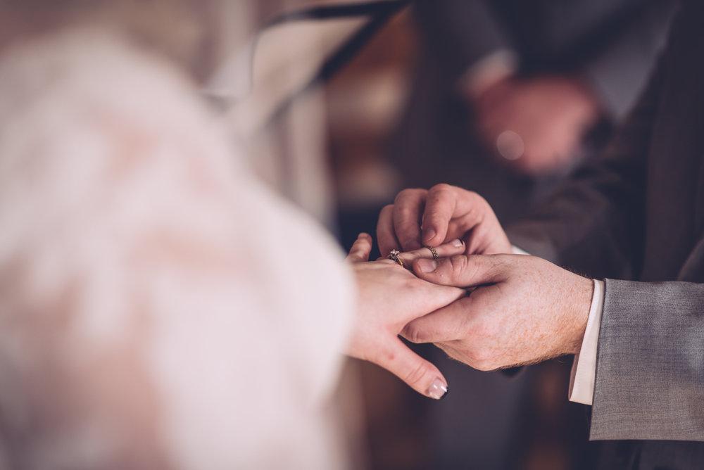 jesalynn_chris_wedding_blog34.jpg