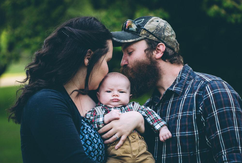 eden_chris_familyportraits_blog-3.jpg
