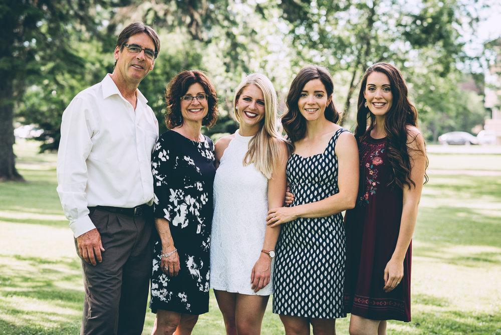 katelyn_family_portraits_blog-14.jpg