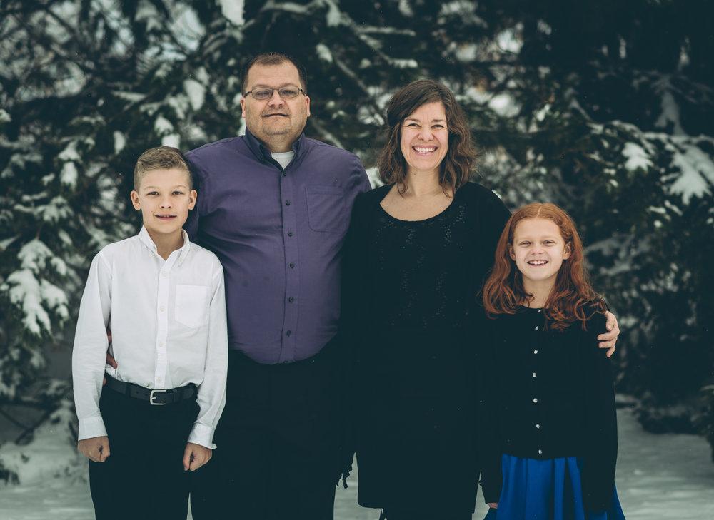 ashlyn-family-portraits-blog-1.jpg
