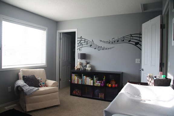 Thank you Miranda for sharing this photo of your completed nursery using our Music Notes wall decal.