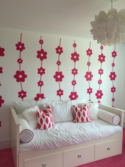 Thank you to Beth with Ikea Mavens for this photo of a completed project using our Daisy Chain wall decals.
