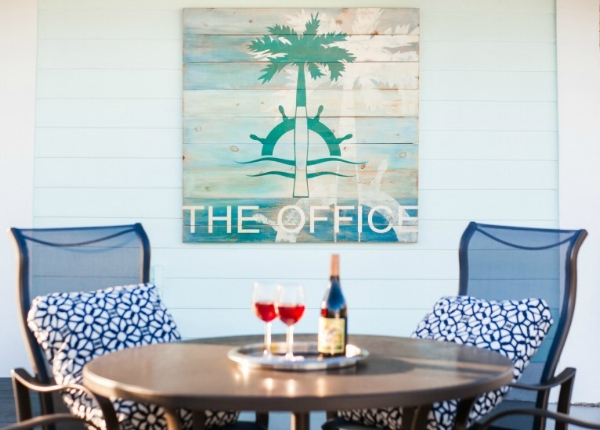 Doing what you love is only half of it. The other half is having the privilege of working with cool and awesome clients. This custom, handmade and hand painted 4' x 4' sign we did for the Royal Palm Yacht & Country Club is looking right at home in Florida. (Photo: Jen Newton, RPYCC)