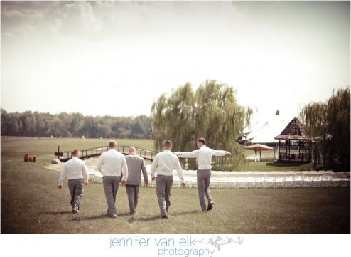 Outdoor Muncie Indiana Wedding | Jennifer Van Elk Photography | Eaton Indiana_071