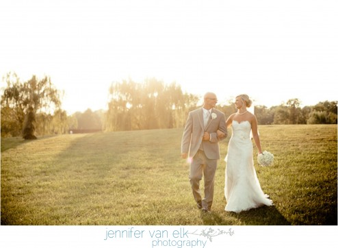 Outdoor Muncie Indiana Wedding | Jennifer Van Elk Photography | Eaton Indiana_148