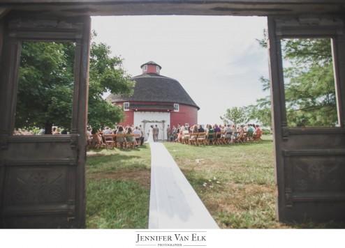 Barn_Wedding_Indiana_005